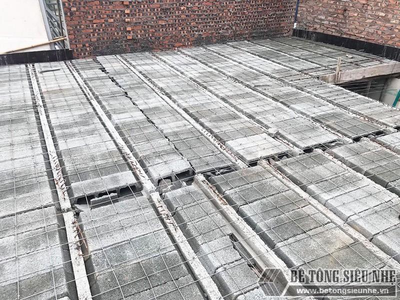 Thi công bê tông siêu nhẹ để nâng tầng cho nhà anh Hoặc, Mê Linh, Hà Nội - 03