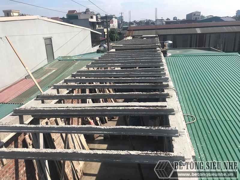 Đổ trần bằng bê tông siêu nhẹ tại Thạch Thất, Hà Nội nhà chị Mai - 05