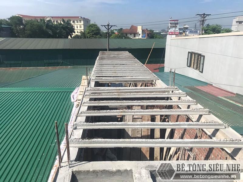 Đổ trần bằng bê tông siêu nhẹ tại Thạch Thất, Hà Nội nhà chị Mai - 06