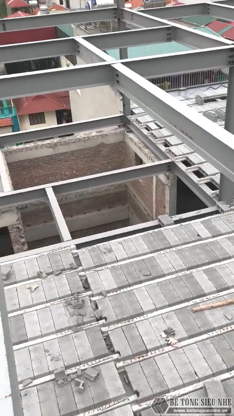 Thi công khung thép tiền chế, sàn bê tông nhẹ tại Cầu giấy, Hà Nội - 03