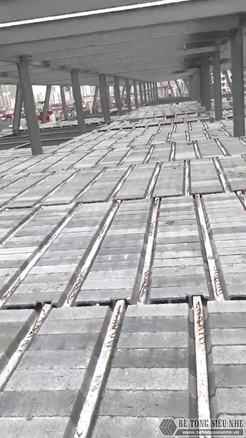 Thi công khung thép tiền chế, sàn bê tông nhẹ tại Cầu giấy, Hà Nội - 05