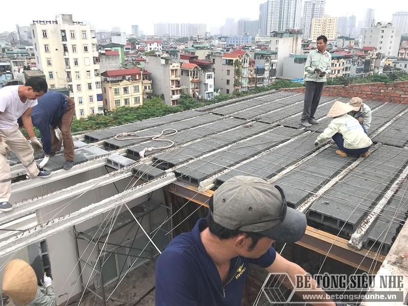 Quy trình làm tầng hầm và xây nhà nhiều tầng bằng khung thép tiền chế và sàn panel