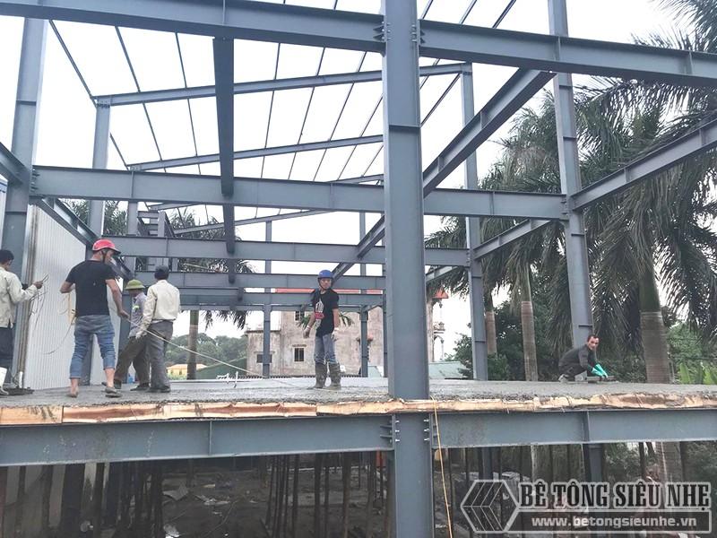 Xây nhà khung thép 3 tầng kết hợp sàn bê tông nhẹ Xuân Mai tại Đông Anh, Hà Nội - 07