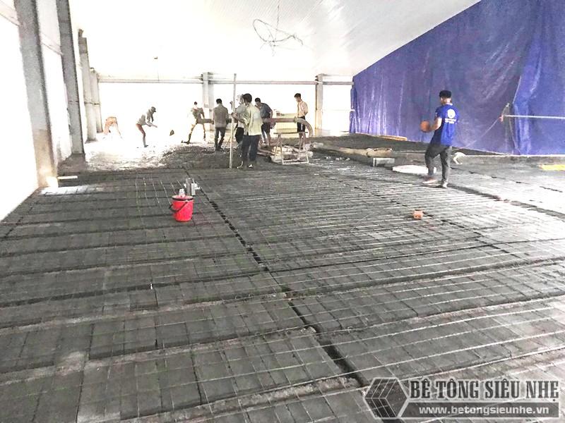 Làm sàn bê tông nhẹ kết hợp nhà khung thép