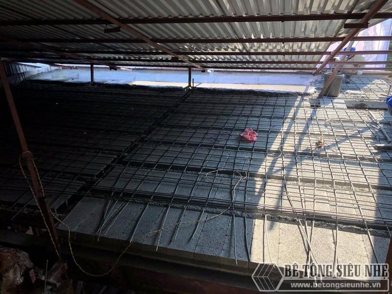 Bê Tông Siêu Nhẹ đanlưới thép quy chuẩn 15*15cm để giữ chắc hệ dầm chịu lực và gạch block