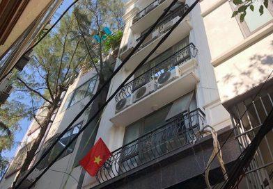 Nâng cấp nhà phố bằng hệ khung thép và sàn bê tông nhẹ ở Trần Đại Nghĩa, Hai Bà Trưng cho nhà chú Phái