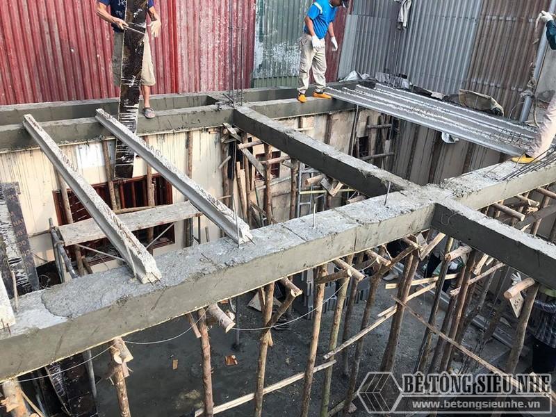 Bê Tông Siêu Nhẹ thi công sàn bê tông nhẹ tại Tây Hồ, ngõ 310 Nghi Tàm cho nhà anh Tiêu - 02