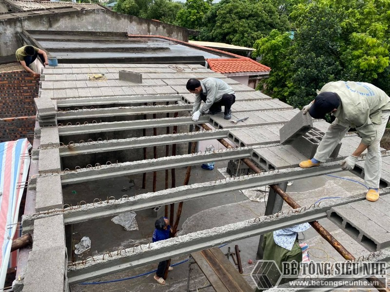 Thi công nhà khung thép kết hợp sàn nhẹ