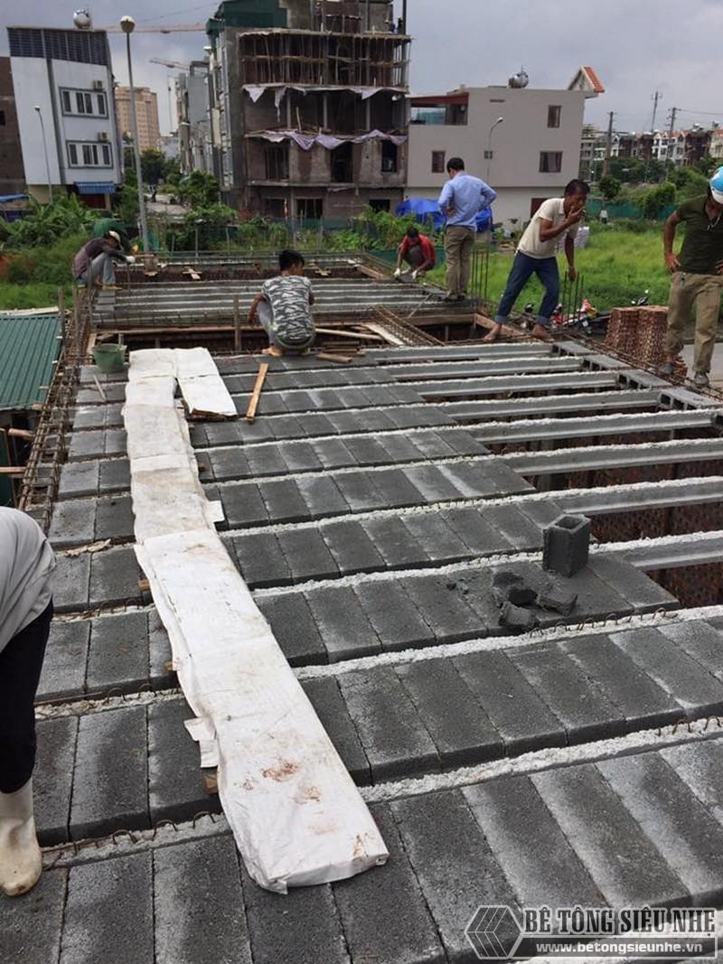 Thi công lắp ghép sàn bê tông siêu nhẹ tại nhà anh Minh ngoại thành Hà Nội - 02