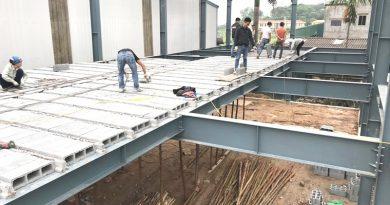 Nên làm nhà khung thép mái tôn hay nhà khung thép bê tông nhẹ?
