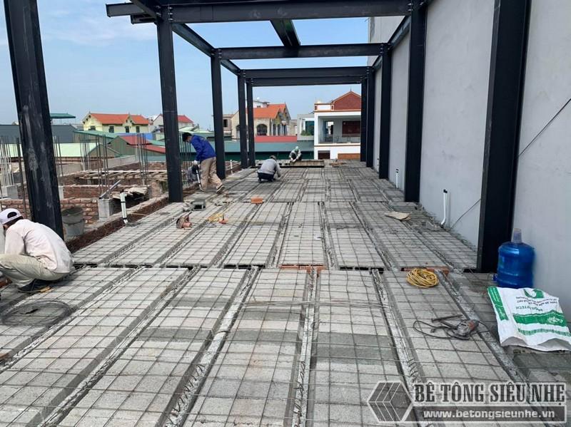 Nhà khung thép tiền chế kết hợp với sàn bê tông nhẹ