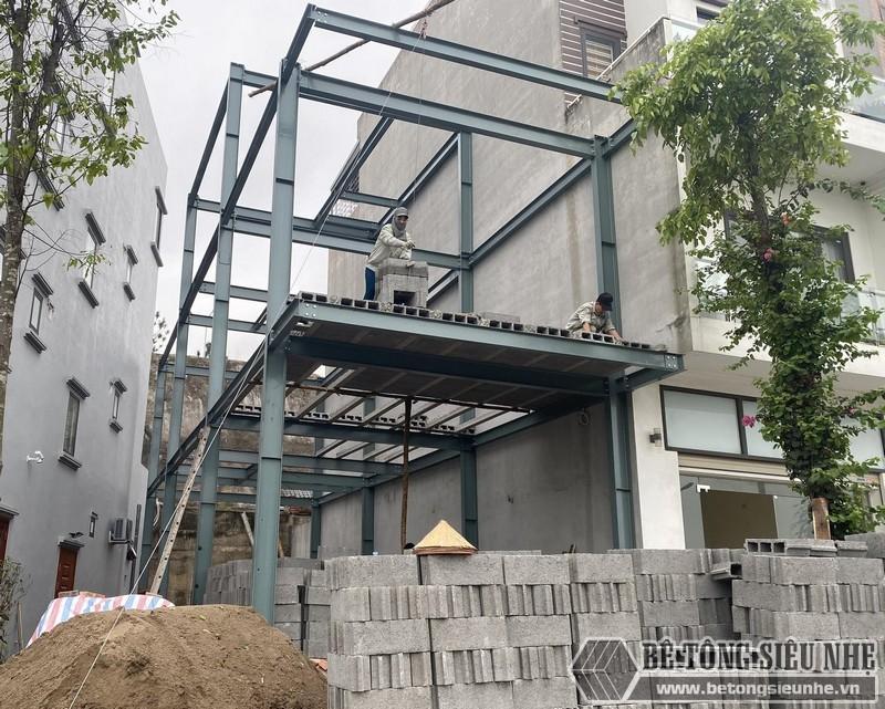 Xây nhà khung thép bê tông nhẹ nhanh hơn so với nhà bê tông cốt thép