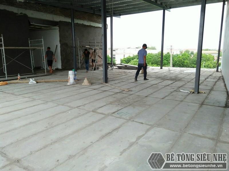 Tấm bê tông xốp lõi thép ứng dụng làm tường, sàn nhẹ, chịu lực tốt, chống cháy, cách âm hoàn hảo