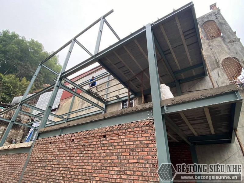 Hình ảnh thi công nhà phố khung thép 3 tầng kết hợp sàn bê tông nhẹ tại Hoàng Mai nhà anh Toàn - 02